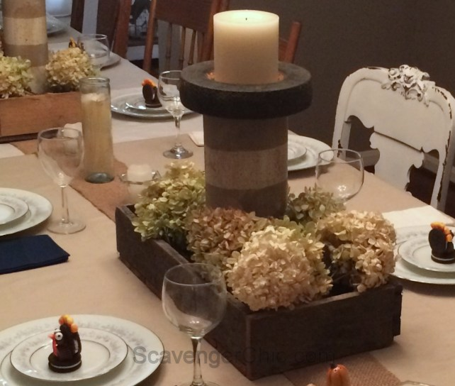 Thanksgiving tablescape, table setting, Pallets and hydrangeas