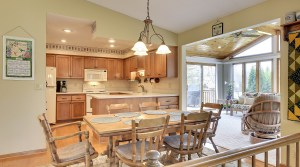 New Listing – 6960 Shawnee Lane in Chanhassen