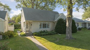 New Listing – 4337 Abbott Avenue N in Robbinsdale