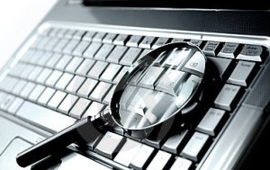 Magnifying-Glass-on-Keyboard