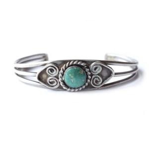 vintage bracelet vintage styling blog