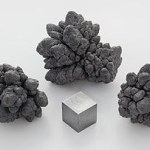 320px-Lead_electrolytic_and_1cm3_cube