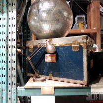 SDPT 12 W13 Warehouse 03 disco ball