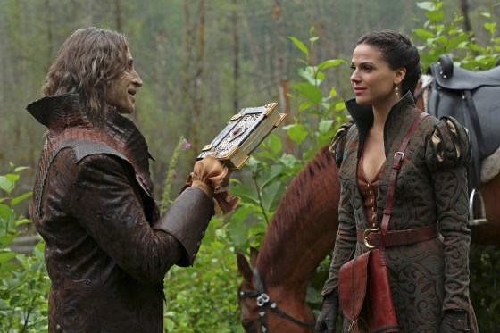 Once Upon a Time s2 rumple regina