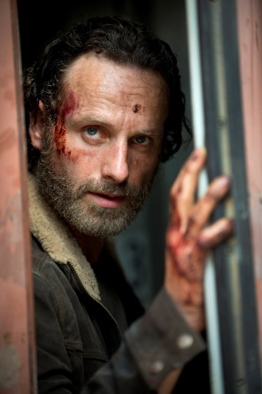 The Walking Dead s5 first look rick