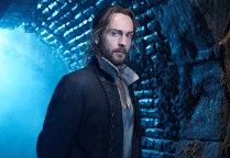 SLEEPY HOLLOW: Tom Mison. 2014 Fox Broadcasting Co. CR: David Johnson/FOX