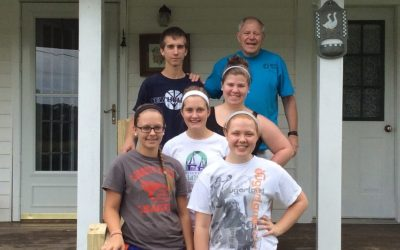 Youth volunteer their time with SCNs in Beattyville, Ky.
