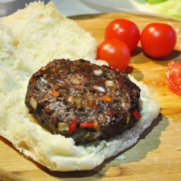 Burger-With-Red-and-Orange-Peppers Square