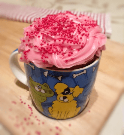 Cake In A Cup – Flaked Almonds