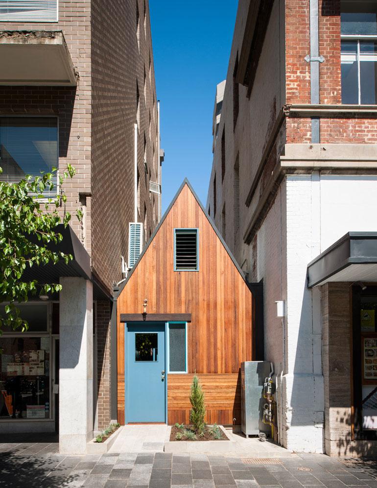 pink-moon-saloon-adelaide-australia-sans-arc-restaurant-bar-kitchen-timber-small_dezeen_dezeen_936_12