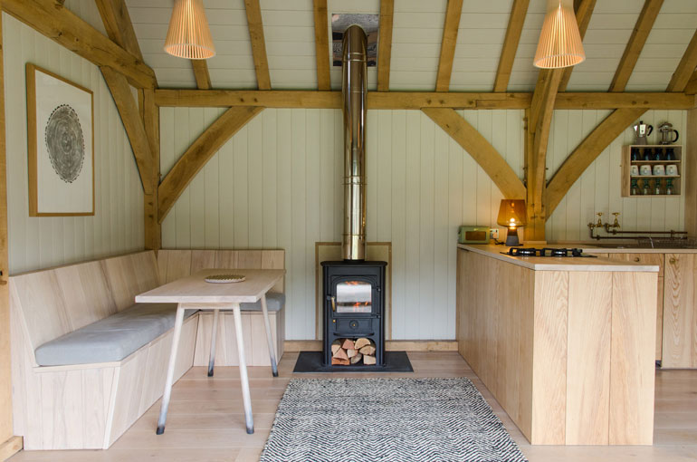 oak-cabin-out-the-valley-architecture-residential_dezeen_2364_col_19
