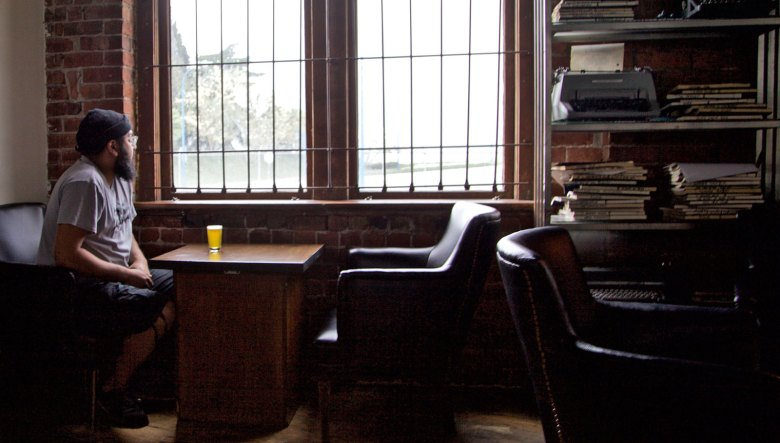 BEST SEAT IN THE HOUSE | The Joys Of Beer & Train-Watching At The Alibi Room's Table 11