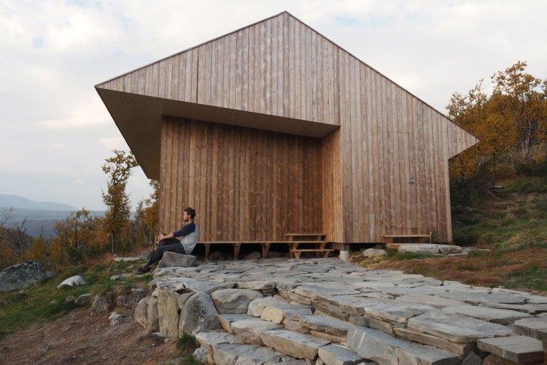 cabin-jon-danielsen-aarhus-architecture-residential-norway_dezeen_2364_col_24