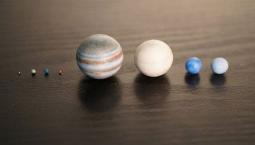 COOL THING WE WANT #500 | A Small Bottle That Contains Our Solar System In Miniature