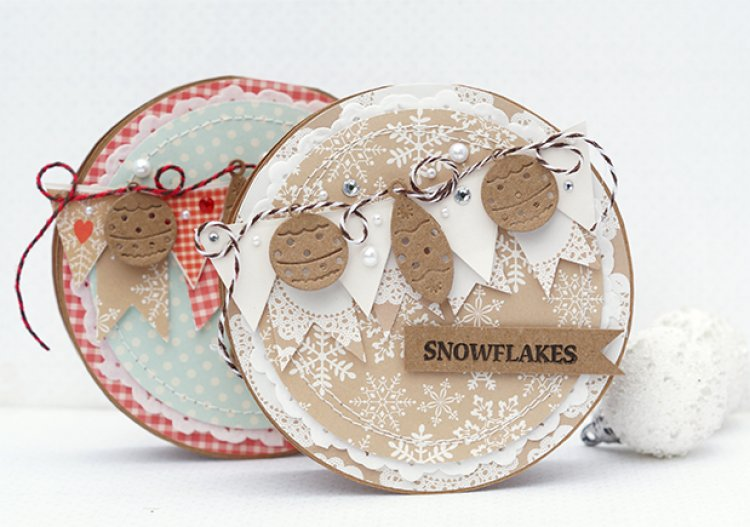 Tutorial  | Krafty Christmas Cards Made Using a CD Template