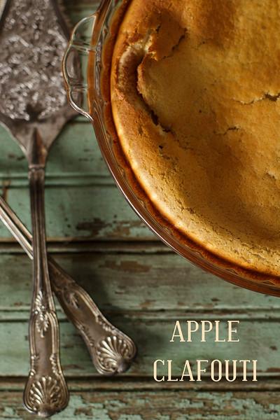 Apple Clafouti - the perfect fall dessert!!  So easy!