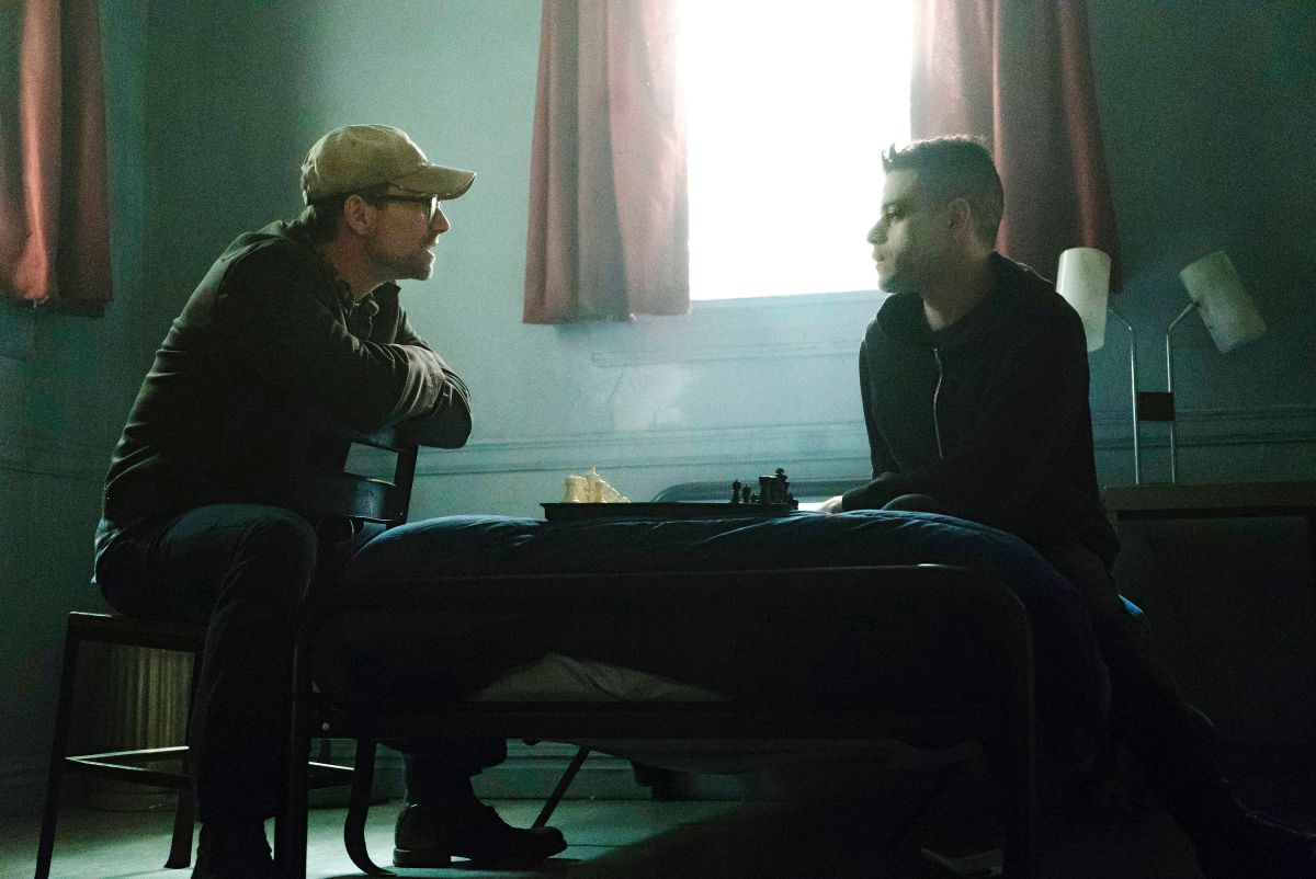 Midseason Check-In: 'MR. ROBOT'S' Fall, and Rise
