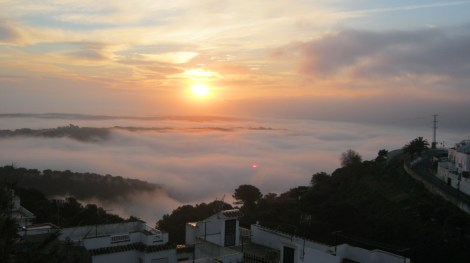 vejer de la frontera, weather, a word a week, weekly photo challenge, cadiz, costa de la luz, sunrise, mist, misty morning