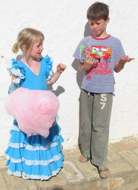 When my daughter lost her new balloon (dalmatian with turqoise collar), only candy floss could cushion the blow.