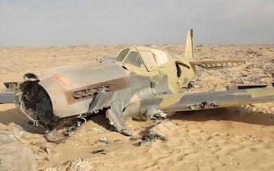 [Cthulhu] un avion disparu il y a 70 ans découvert dans le désert