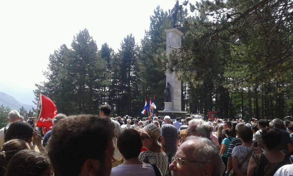 Pupovac u Srbu: Ne pravimo razliku među nedužnim žrtvama