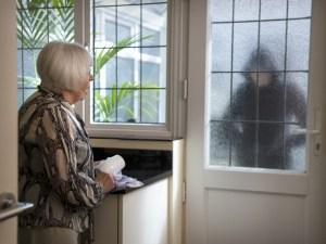burglar-getty-creatvie