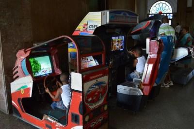 ハバナ中央駅にあったゲーム、ハバナ旧市街 【キューバ Cuba】