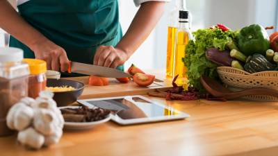 Bing Just Made Finding Recipes Easier With Its New Recipe Badge - Search Engine Land