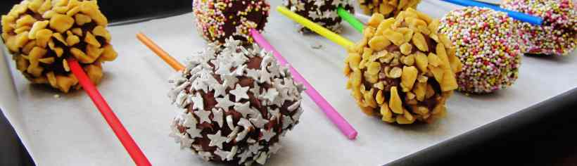 cake balls or cake pops