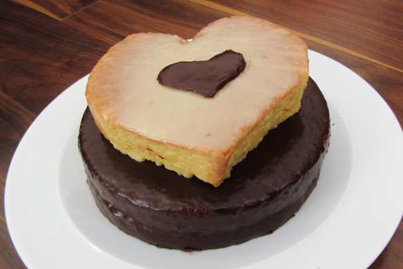 Chocolate and strawberry valentines heart cake
