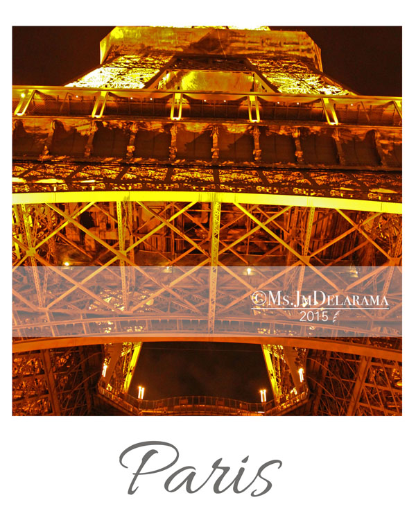 eiffel tower at night travel photography