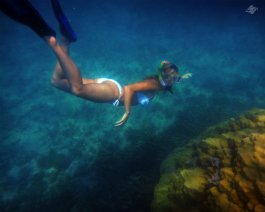 Renee Blundon at a Coral Rock off Cost of Mbudya Island 1280 x 1024