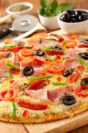 pizza jamon chorizo baja