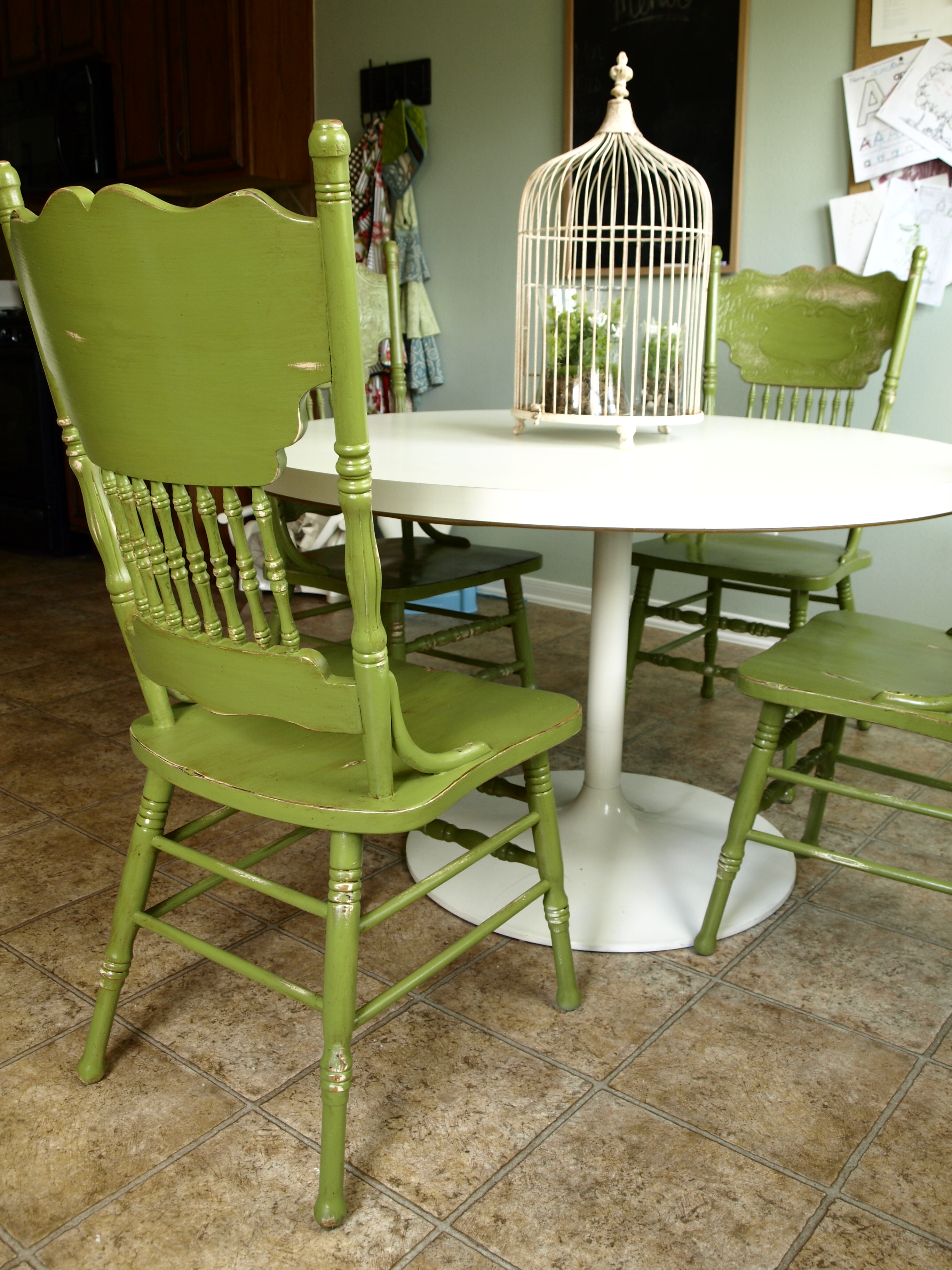 Painted and distressed kitchen chairs for Painted dining tables and chairs