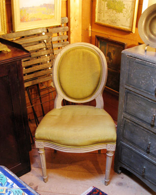 Rhinebeck_antique_french_ch.jpg