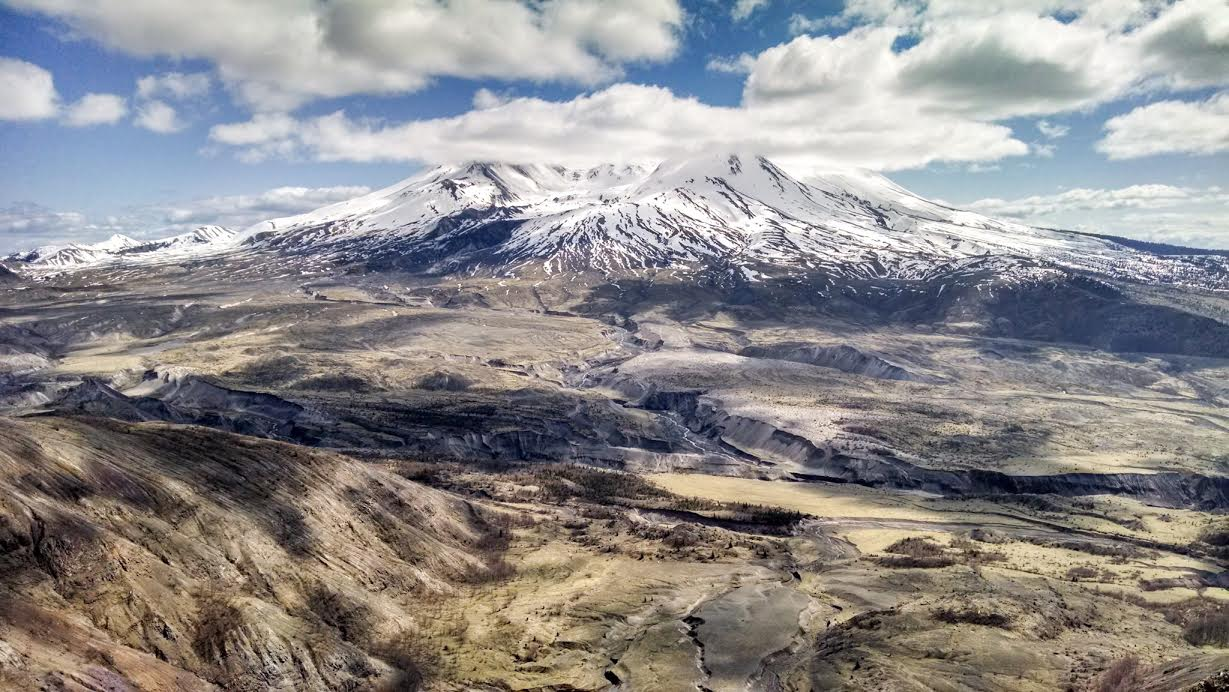Mount St. Helens: Welcome to Volcano Country