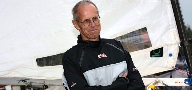 Hat noch Spaß an der Kieler Woche. OK Segler Uli Borchers (68) vom Segel-Club Stevertalsperre.  © miku/SegelReporter