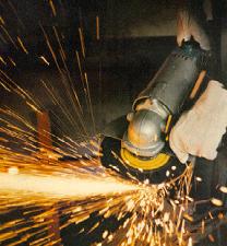 Segurança no trabalho com Lixadeiras e Esmerilhadeiras