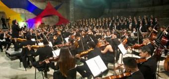 Venezuela: Gustavo Dudamel llevó música a la construcción del Centro de Formación Docente de El Sistema