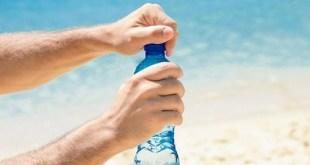 Minuman-Isotonik-Atau-Air-Putih