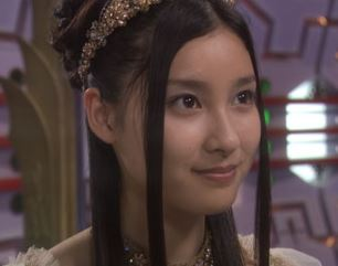 土屋太鳳のエメラナ姫