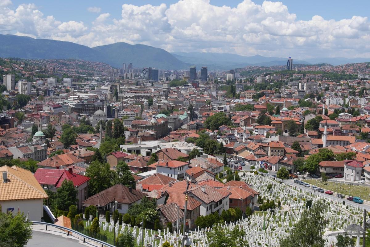 ボスニア・ヘルツェゴビナの経験から学べること 「子ども戦争博物館を設立する若き活動家インタビュー