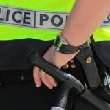 Vrouw gaat naakt na 2 uur durende politieachtervolging
