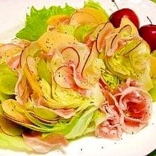 [アンバサダー考案]おもてなしにぴったり!手軽な丸ごとレタスのサラダ