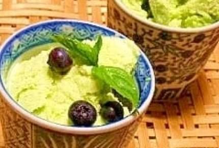 もちアイスなるぬ「お麩アイス」や落雁で作る「トルコアイス」など和アイスが美味!