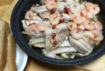 健康美人のおつまみ!旬の秋刀魚とキノコのアヒージョで秋の味覚を大満喫