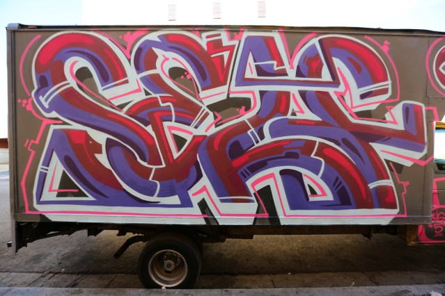 los angeles graffiti self uno truck graffiti burner