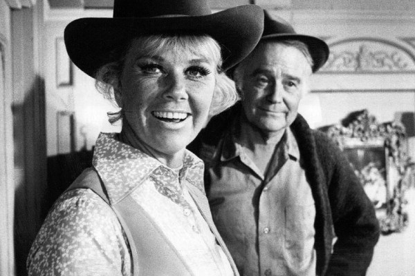 Doris_Day_Lew_Ayres_The_Doris_Day_Show_1970