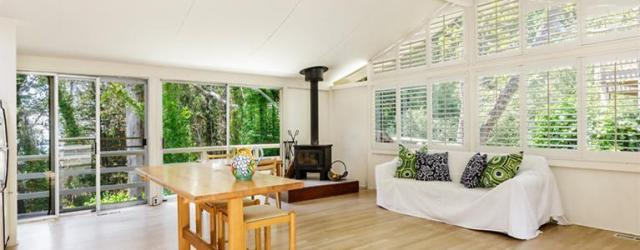 This is a charming 2BR/1BA retreat within earshot of the Pacific off Bolinas Bay – right next to a Monarch butterfly preserve and within striking distance of Mt. Tam State […]