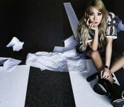 CL Continues to Leave Hints of US Debut